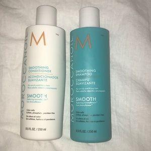 Moroccanoil shampoo/conditioner set!